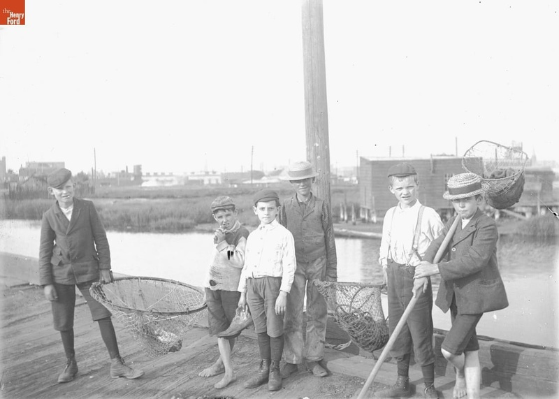 Erie Basin, Young Crabbers
