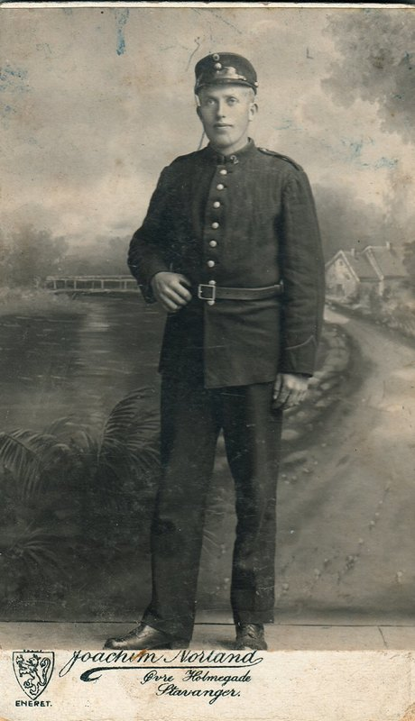 Paul Dyrland, father of Alf Dyrland, in his World War 1 uniform.